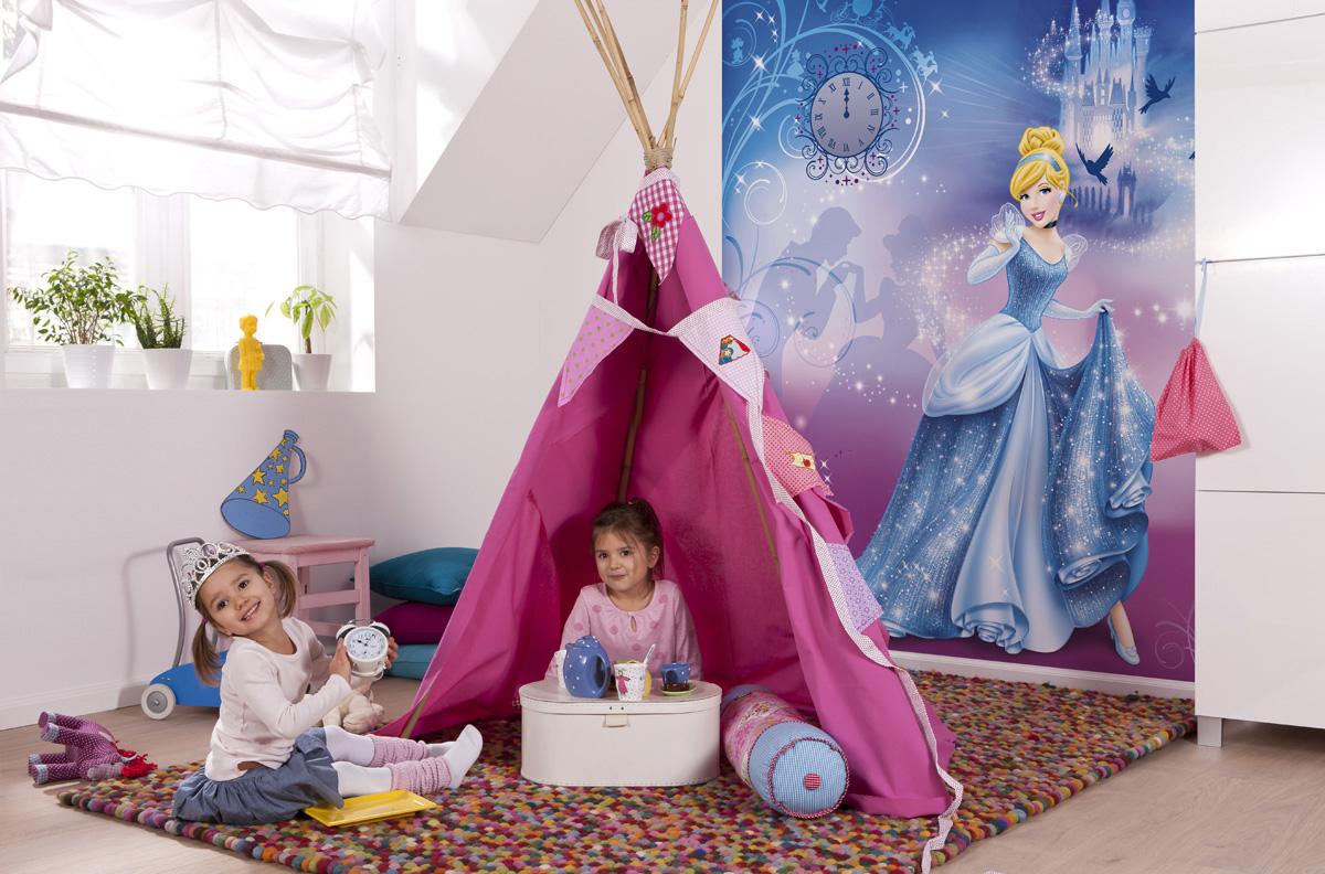 "Fototapeten National Geographic : National Geographic und Melli Mello. Fototapete ""Cinderella's Night"
