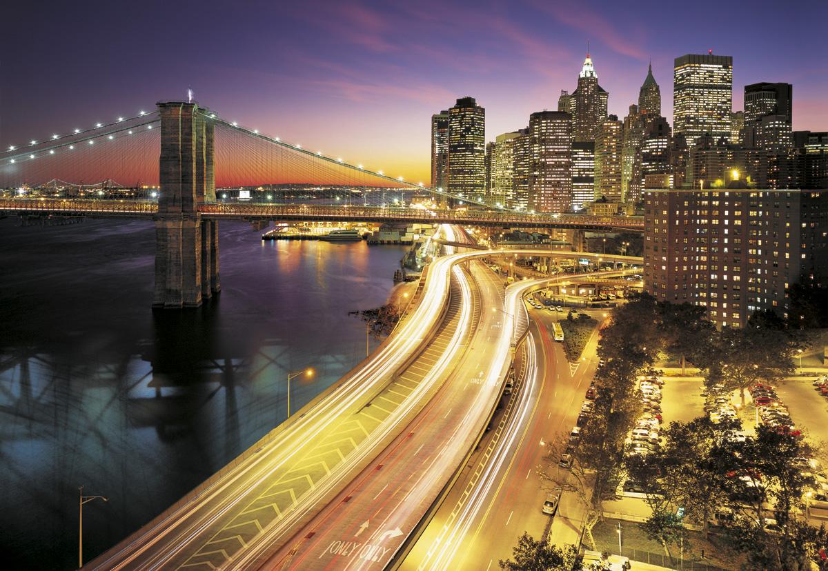 """Fototapeten National Geographic : National Geographic und Melli Mello. Fototapete """"NYC Lights"""" von Komar"""