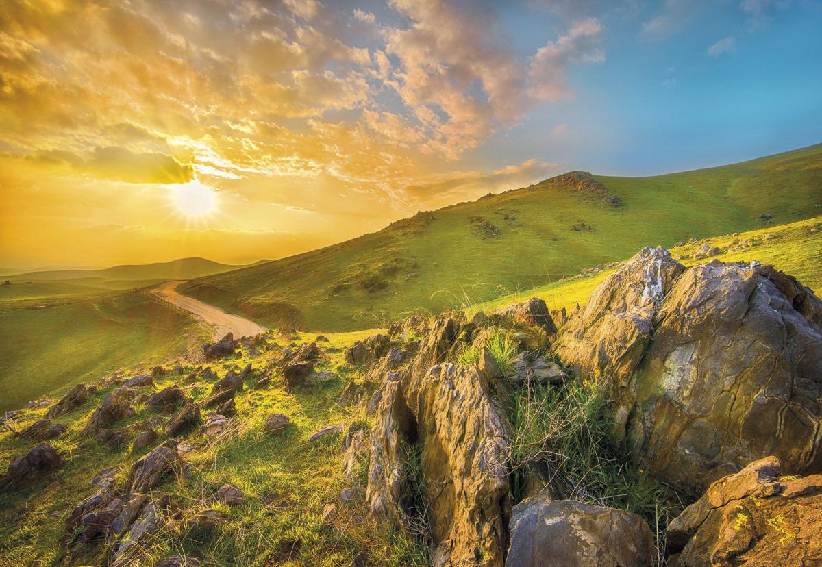"Fototapeten National Geographic : National Geographic und Melli Mello. Fototapete ""Mountain Morning"" von"