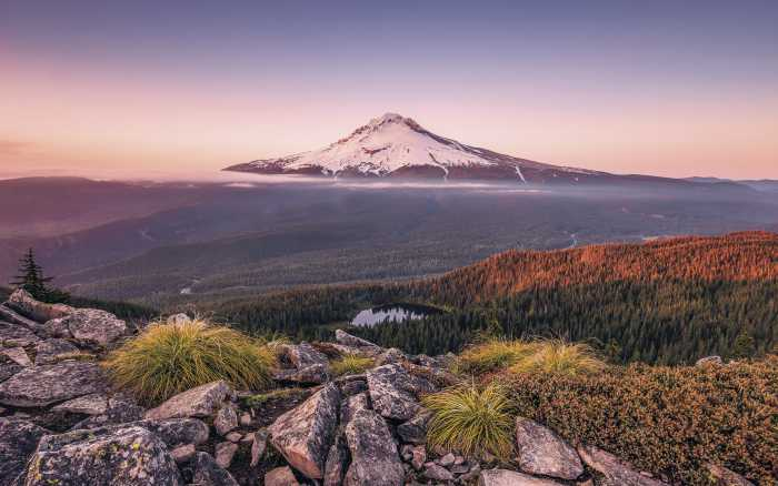 Digitaldrucktapete Kingdom of a Mountain