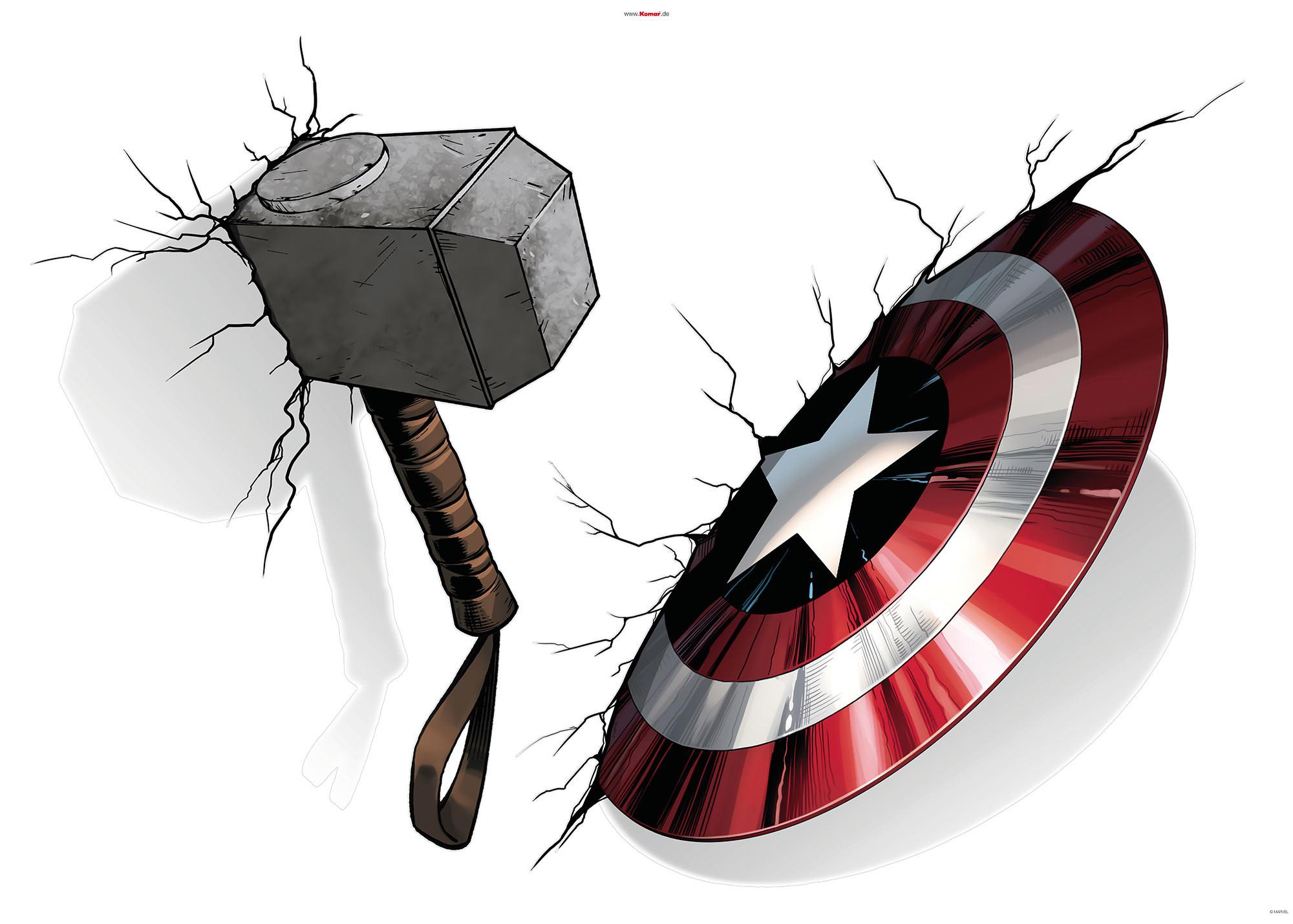 Avengers Hammer & Shield