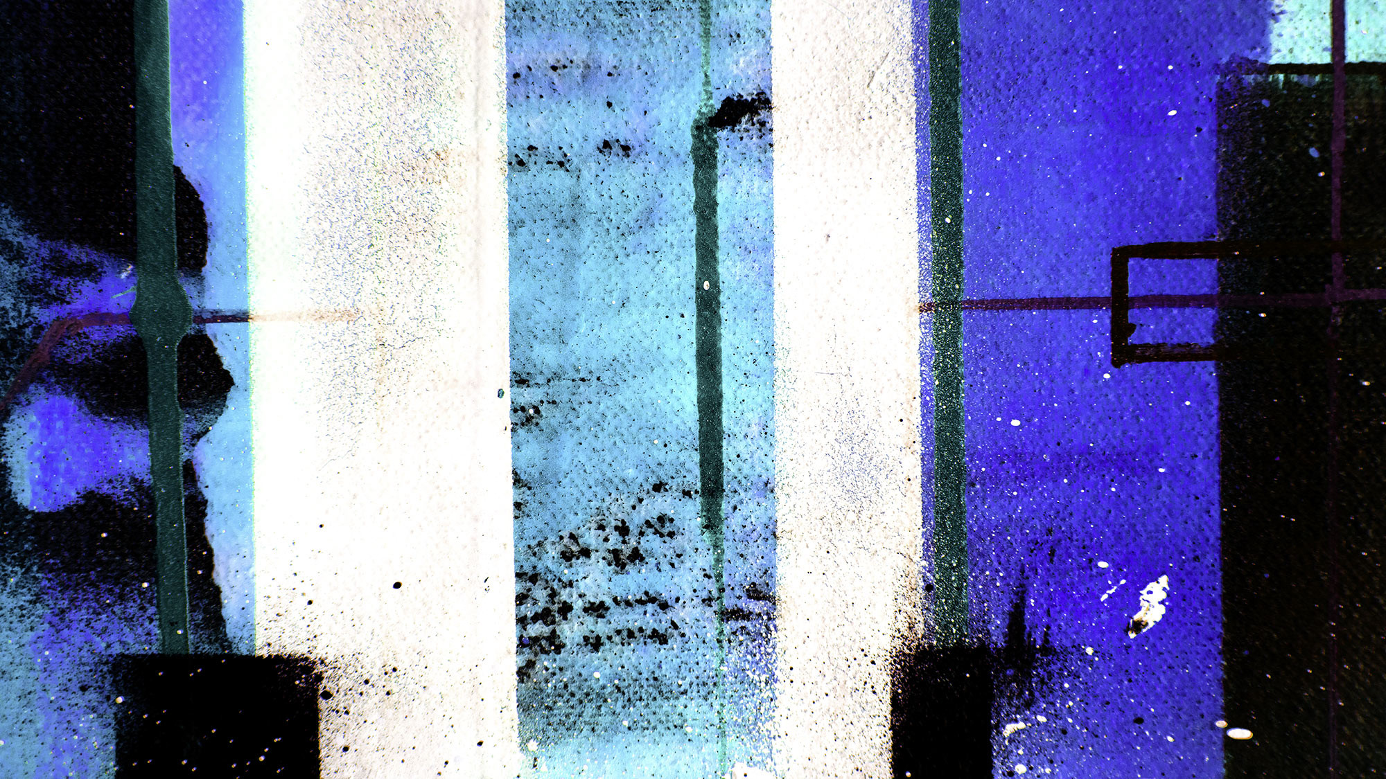Traces Drizzling blue